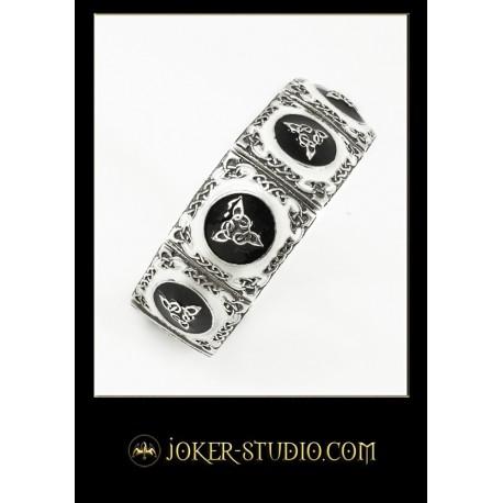 Женский браслет с кельтским узором из триад