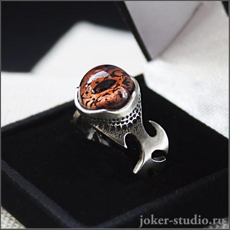 кольцо с глазом ящерицы