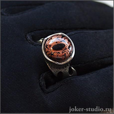 http://joker-studio.ru/kolca-i-perstni/1049-loki-iguana-yuvelirnoe-kolco-s-glazom-yasshericy-simvolom-provornosti-i-torgovli-talisman-uspekha-i-vezeniya.html