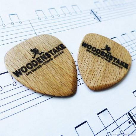 Деревянный медиатор для гитары из бука