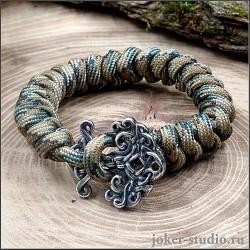 Молодежный браслет из камуфляжного паракорда с кельтской застежкой Иггдрасиль