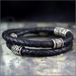 Кожаный браслет с кельтскими и славянскими шармами на кожаном двойном шнуре