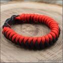 Браслет из красного паракорда с плетением штопор яркий аксессуар ручной работы