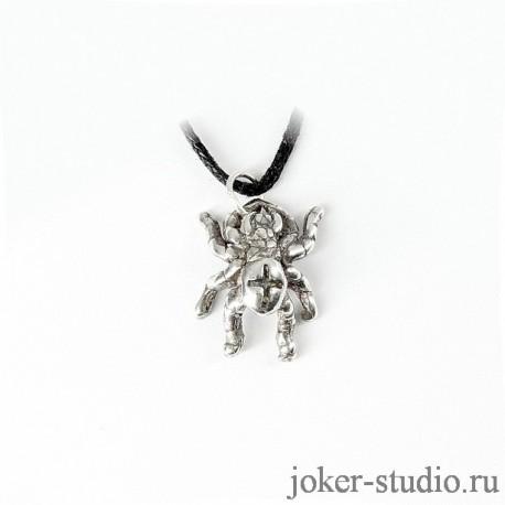 Серебряная подвеска паук с крестиком на брюшке купить подарок дочке