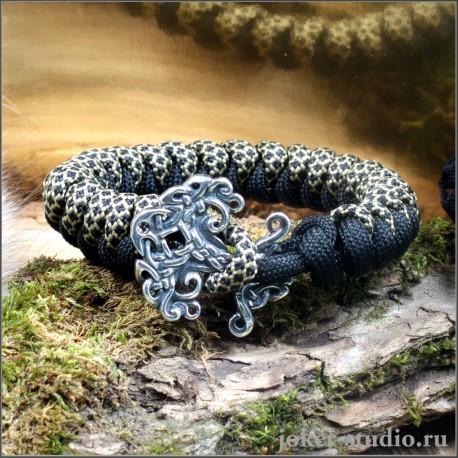 Браслет из паракорда змейка круглого плетения с кельтским замком Иггдрасиль