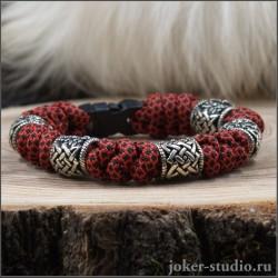 Мужской браслет из паракорда красного цвета плетение змейка.