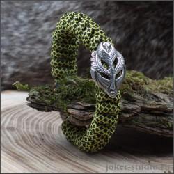 Стильный женский браслет из ярко-зеленого паракорда с серебряной маской Джина Пери
