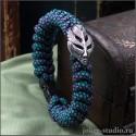 Женский оригинальный браслет с плетением из красочного паракрда с маской Пери
