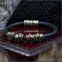 Кожаный браслет с черепами из бронзы мужское украшение в стиле готического фэентези