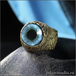 Дизайнерское кольцо из бронзы в форме крыльев с голубым глазом песца