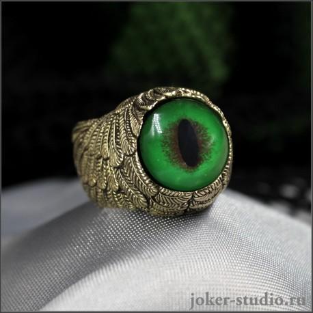 """Кольцо талисман с зеленым глазом кота Мейн-куна авторское бронзовое украшение ручной работы """"Ангел"""""""