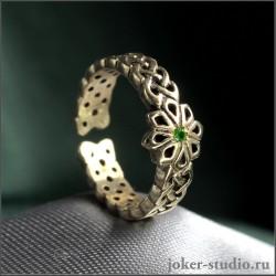 Тонкое кольцо с зеленым камнем фианитом и славянским символом Алатырь из бронзы