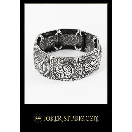 Ювелирный орнаментальный браслет с кельтским лабиринтом и источником жизни