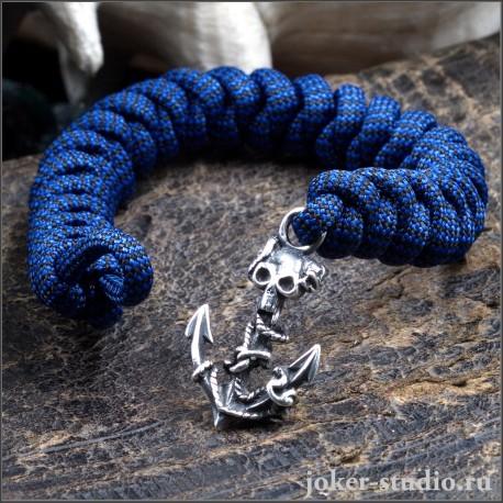 Браслет с пиратской символикой из паракорда змейка с якорем и черепом яркий молодежный аксессуар