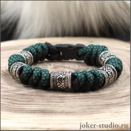 Кельтский браслет – купить на руку мужчине из паракорда с шармами в кельтском стиле в интернет-магазине Джокер