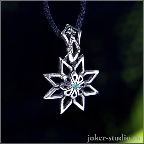 Алатырь кулон в форме цветка с восемью лепистками и зеленым камнем Swarovski