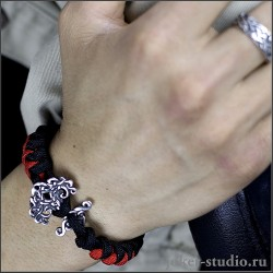 """Кельтский браслет """"Иггдрасиль"""" украшение из паракорда с амулетом древом жизни"""