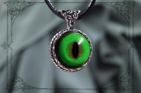 женский кулон на шею с зеленым глазом кота мейн-куна